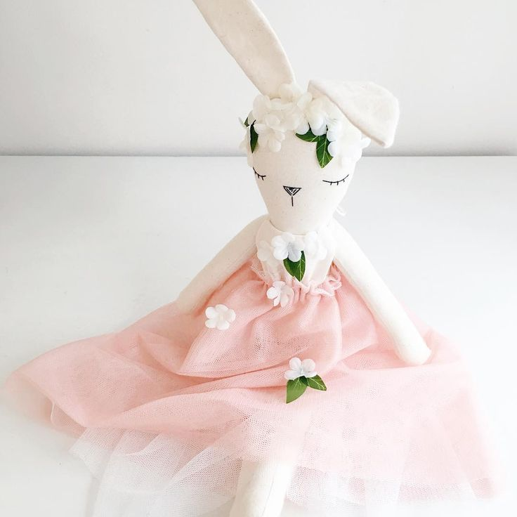 Hello friends!! Sorry for my absence, have been busy behind the scenes with well life 😜 I have a handful of beautiful dolls and cushions on the way for my last re-stock before maternity leave!! 😱  Isn't this little bunny sweet, she has been dancing in the flowers 💕 Date and time of re-stock is to be advised. Have a beautiful day. Jess xx . . #bunnydoll#littlepeachesnursery#nurseryinspo#bunny#handmade#withlove#love#dustypink#flowers#pretty