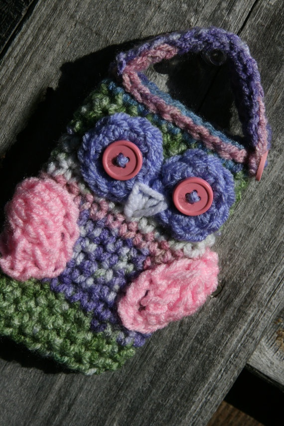 Crochet Owl Cell phone camera IPos holder case cozy by Scarptrapped.  Color inspiration.