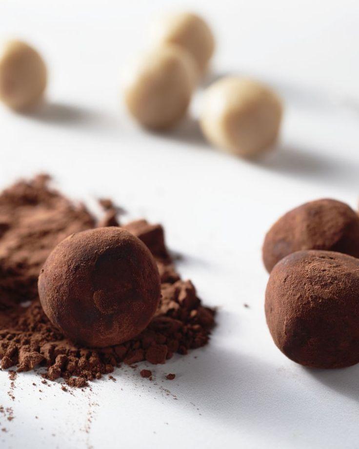 Marsepein in een suikerbommetje. Met dit recept maak je een gezondere versie waar je kinderen ook zeker van zullen smullen.