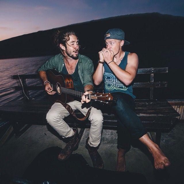 Ben Brown & Jeremy Loops