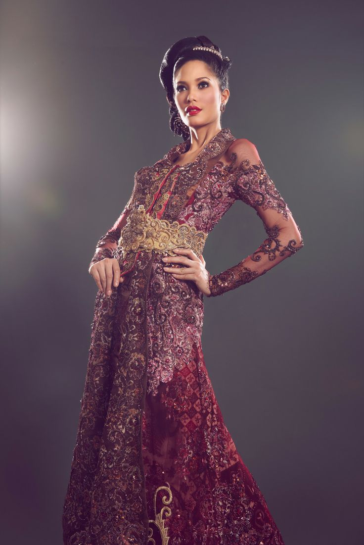 Fashion spread - Kebaya shoot (Perkawinan Magz March 2011) 6