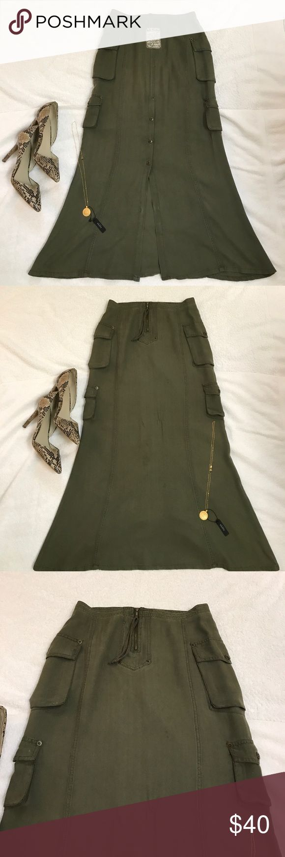 Army Girl Maxi Skirt, with slit in the back Army Girl Maxi Skirt, with slit in the back da-nang Skirts Maxi