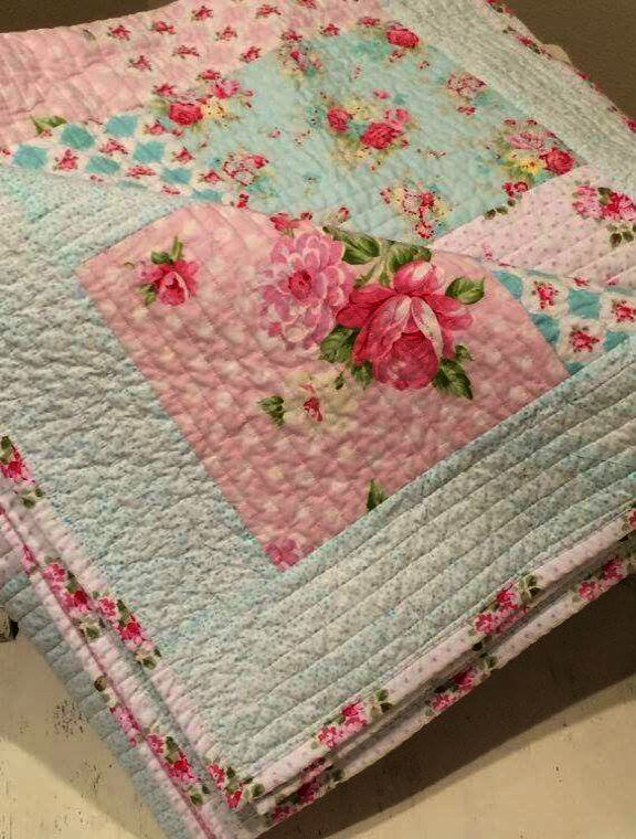 Simply Shabby Chic Furniture For Sale Their Vintage Furniture Online Shop Greece Shabby Chic Furnitu Shabby Chic Quilts Chic Quilts Shabby Chic Furniture Diy