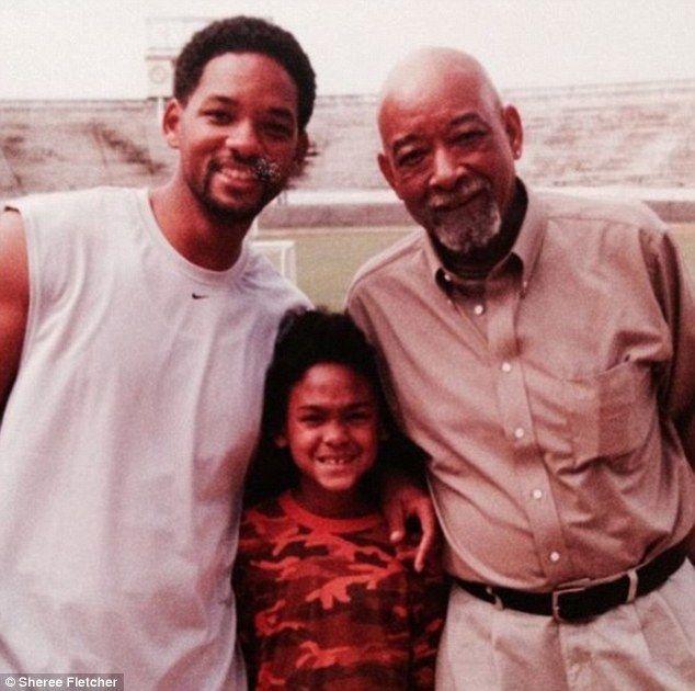 El actor de 'Independence Day' atraviesa uno de los peores momentos de su vida debido al fallecimiento de su padre, Willard,, al que estaba muy unido.  A los 48 años, Will Smith dice adiós entre lágrimas a Willard Carroll Smith, su padre. Según el actor ha comentado en varias ocasiones, su papá era
