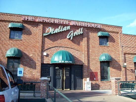 Spaghetti warehouse memphis tn spaghetti warehouse for Motels near graceland memphis tn