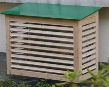 Ilmalämpöpumpun suojakotelo puuilo