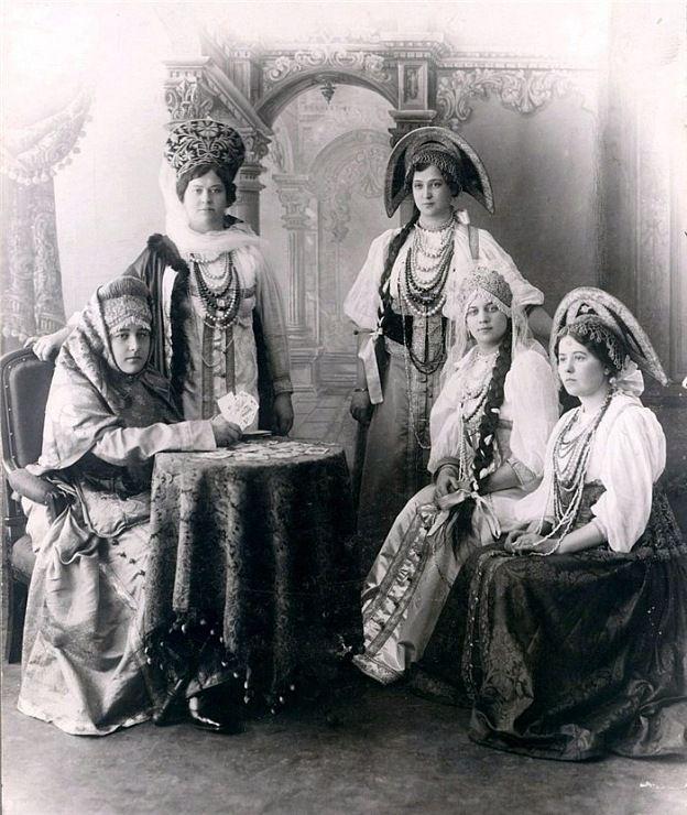 Русский народный костюм   Рукодельница