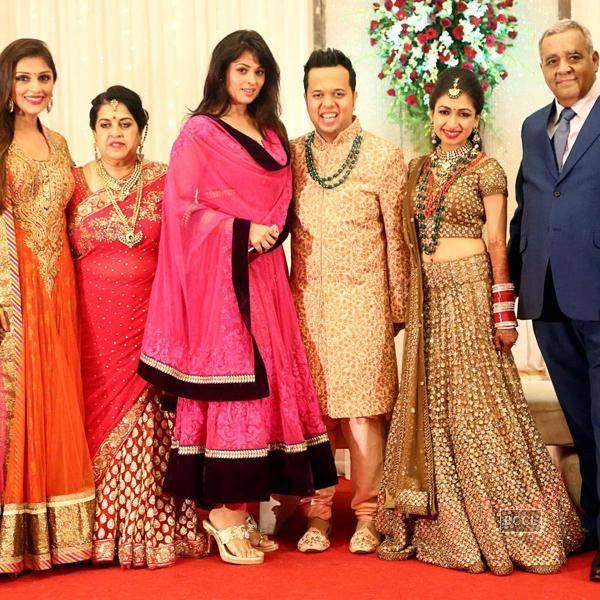 Anjana Sukhani and Aarti Chhabria during Luv Israni's wedding reception