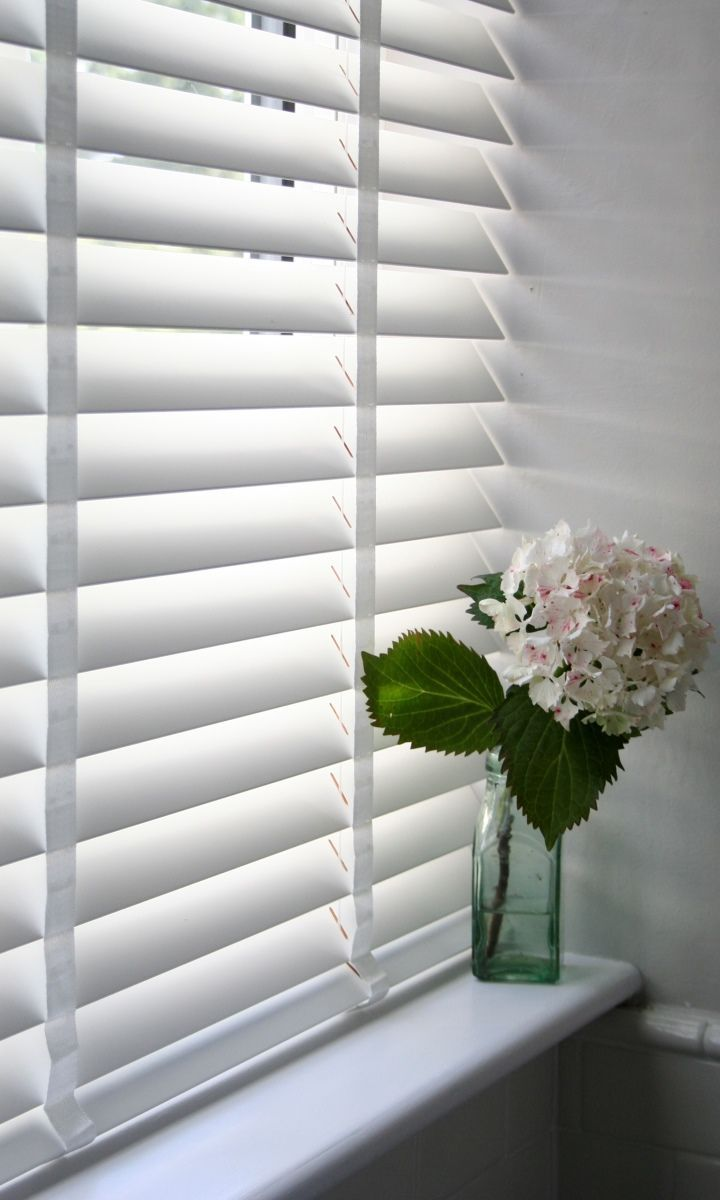 Bathroom window blinds - Our Deluxe Puritan Wooden Blind Certainly Gives A Room A Lovely Finish Add Tape To