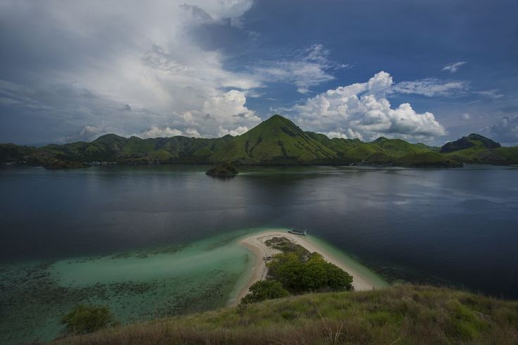 """""""Paradise View"""" Photo by Emanuele Del Bufalo -- National Geographic Your Shot"""