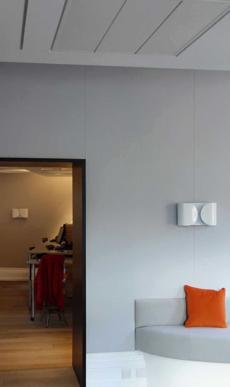 How We Created An Acoustically Sound Modern #Office In The Heart Of London #Interiordesign http://bit.ly/1GkVKB1