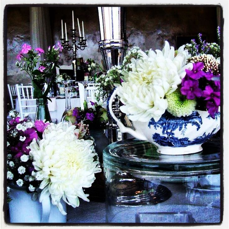 Beautiful shabby chic #style #flowerarrangements for #wedding at Netherwood venue, Midlands KZN, done by Functions for Africa...