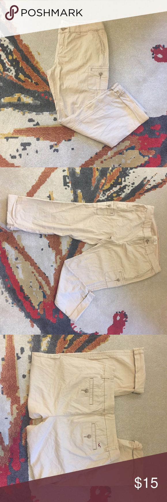 Hollister Khaki Capris Rugged and edgy look - Hollister khaki capris with cute pockets - in great condition. Hollister Pants Capris