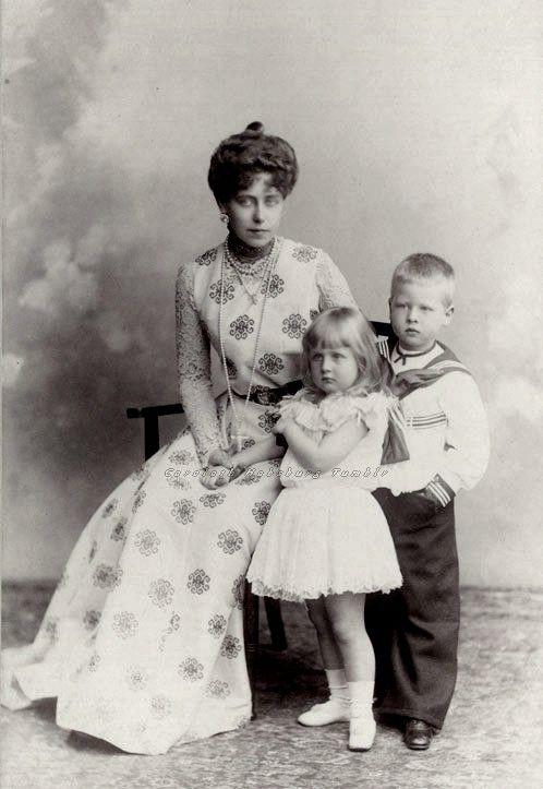 carolathhabsburg:  Crownprincess Marie of Romania and little kids, Prince Carol and Princess Elisabeth of Romania. Circa 1898