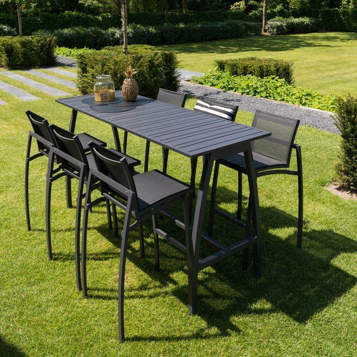 HaWé Outdoor #tuinmeubelen #buitenmeubelen #outdoor #furniture #barset #bartable #barchair #table #chair #zwart #blackfurniture #black #buiten #tuin #garden #blackoutdoor @ayanaoutdoor1 @etcexpo www.leemwonen.nl www.ayanaoutdoor.nl www.haweoutdoor.nl