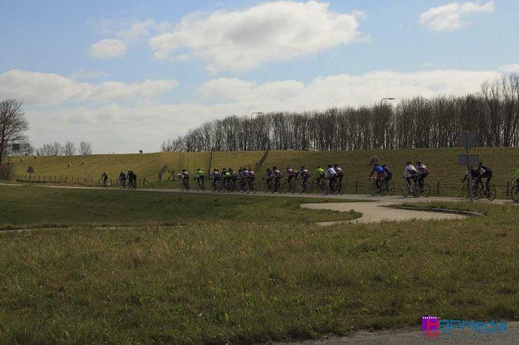 Medemblik - Op zaterdag 18 april zal kasteel Radboud weer in gebruik zijn als verzorgings- en stempelpost tijdens de 43e Ronde van Noord-Holland. Eén van de oudste toertochten van Le Champion met r...