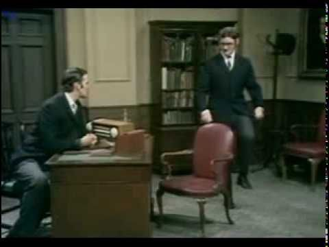 Monty Pythons The Meaning of Life 1983 Escenas