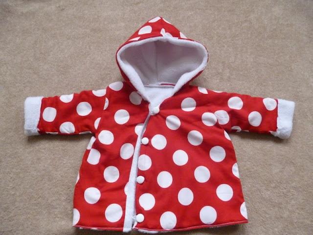 tutorial en patroon voor een leuk babyjasje