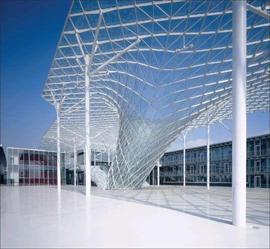 Best 25 steel structure ideas on pinterest the scaffold for Architecte structure
