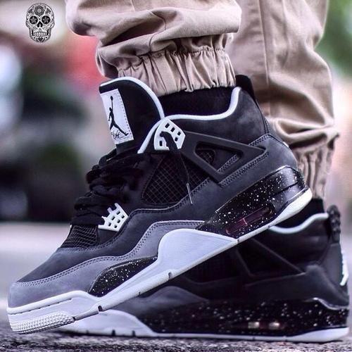 "Air Jordan 4 ""Stealth"" Retro"
