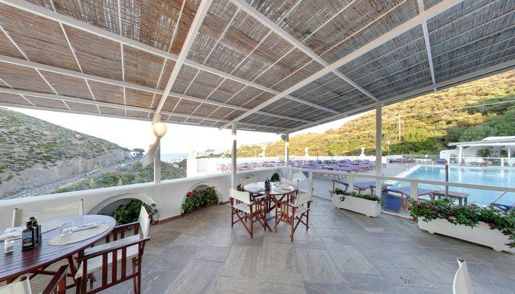 Light Lunch a bordo piscina(Hotel Chiaia di Luna)!