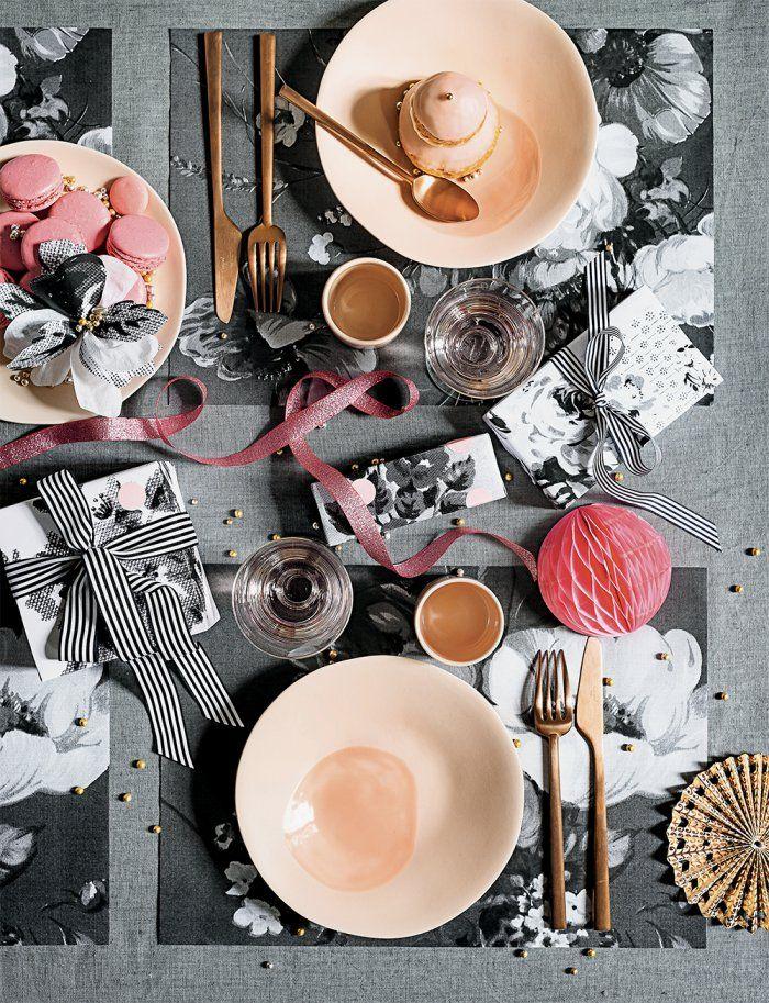 Une table de fête décorée à l'aide d'un photocopieur
