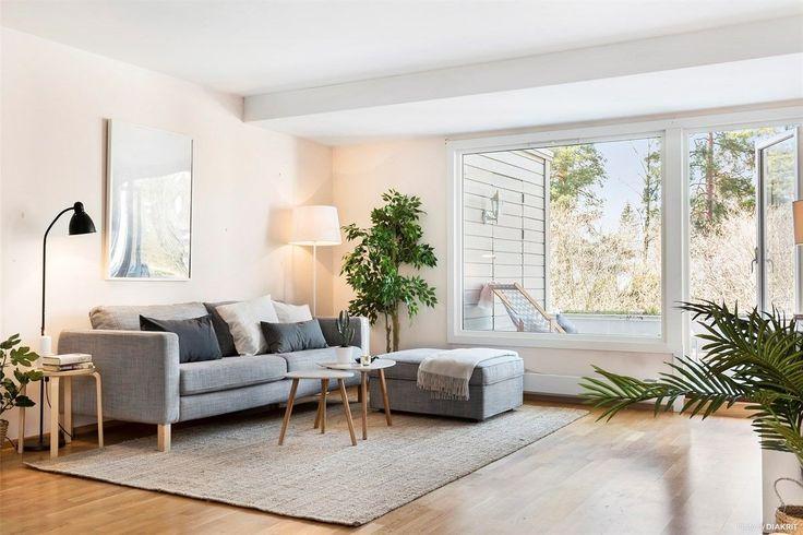 FINN – ULLERNTOPPEN - Stor 2-roms med solrik terrasse - Moderniseringsbehov - Garasje - Nær offentlig kommunikasjon - Nær marka