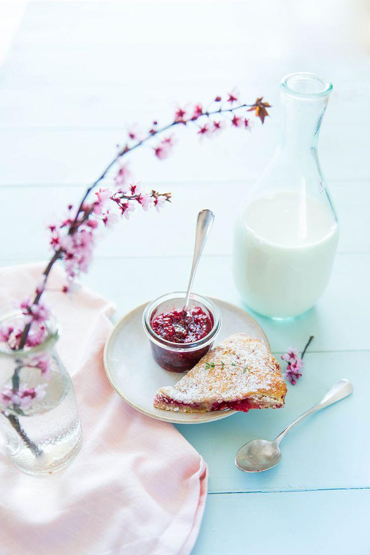 Des scones framboises citron, une gourmandise qui nous vient d'outre-manche et qui sera parfaite au petit-déjeuner avec un peu de confiture.