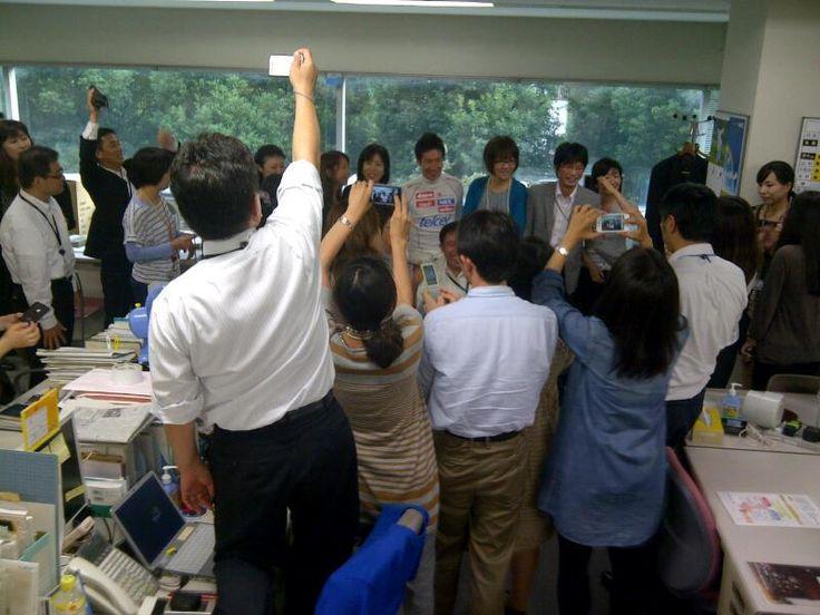 Kamui Kobayashi visits the NEC headquarters in Tokyo