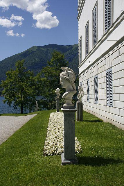 The goddess of war - Villa Melzi | Bellagio #lakecomoville
