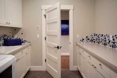 I like the door style