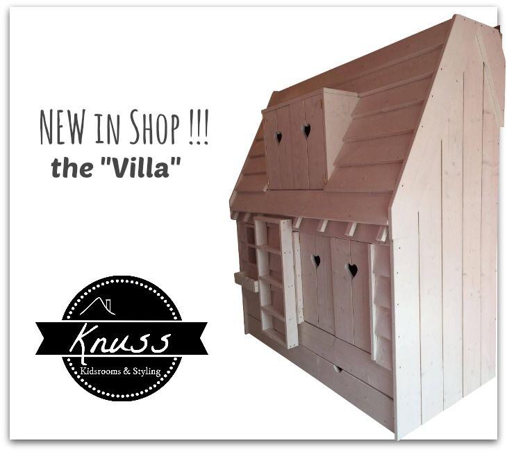 Slaaphuis de Villa biedt ruimte aan 3 kinderen prachtige bedstee verkrijgbaar in meerdere kleuren via http://knuss.nl
