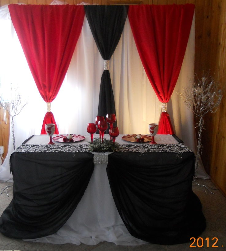 A black and red backdrop and head table design by decorative essentials & 311 best Red White And Black Table Settings images on Pinterest ...