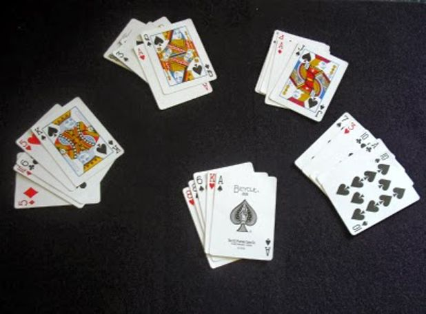 How To Apply Easy Magic Tricks With Cards Massify Trendy Magazine Magic Card Tricks Easy Magic Tricks Easy Magic