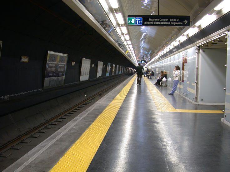 Rapine alla stazione della metropolitana di Scampia: arrestati due gemelli 17enni   Report Campania