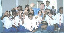 Pembicara untuk sekolah dan pembicara pemuda http://www.paulfdavis.com mengilhami siswa untuk menghormati orang tua mereka dan para guru, disiplin diri mereka sendiri untuk mengejar keberhasilan akademis, nilai kesehatan pribadi dan kesejahteraan, dan memimpin dengan integritas dan keunggulan. (info@PaulFDavis.com). http://www.Facebook.com/speakers4inspiration http://www.Twitter.com/PaulFDavis http://www.Linkedin.com/in/worldproperties