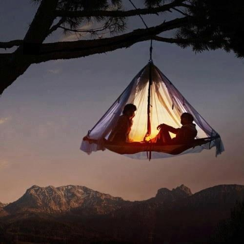 Floating retreat ... high above the worries of the world below: Bucketlist, Buckets Lists, Trees Tent, Dreams, Trees Houses, Tent Camps, Hanging Tent, Summer Night, Trees Camps