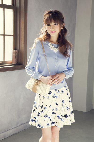 清楚な水色×上品な花柄のお嬢様スタイル♡デートコーデ♡スタイル・ファッションの参考に♪