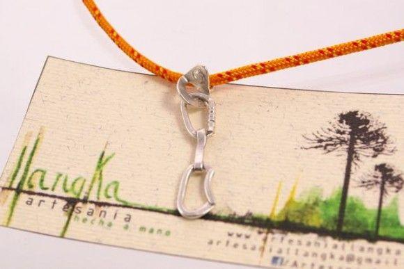 Colgante cinta express en plata 925 - Artesanía Llangka