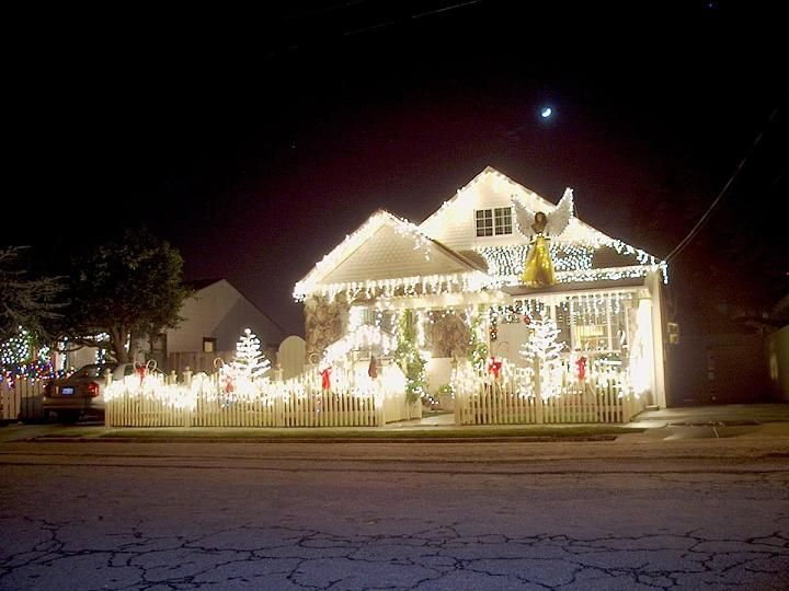 Mind blowing christmas lights ideas for outdoor christmas for Mind boggling ideas