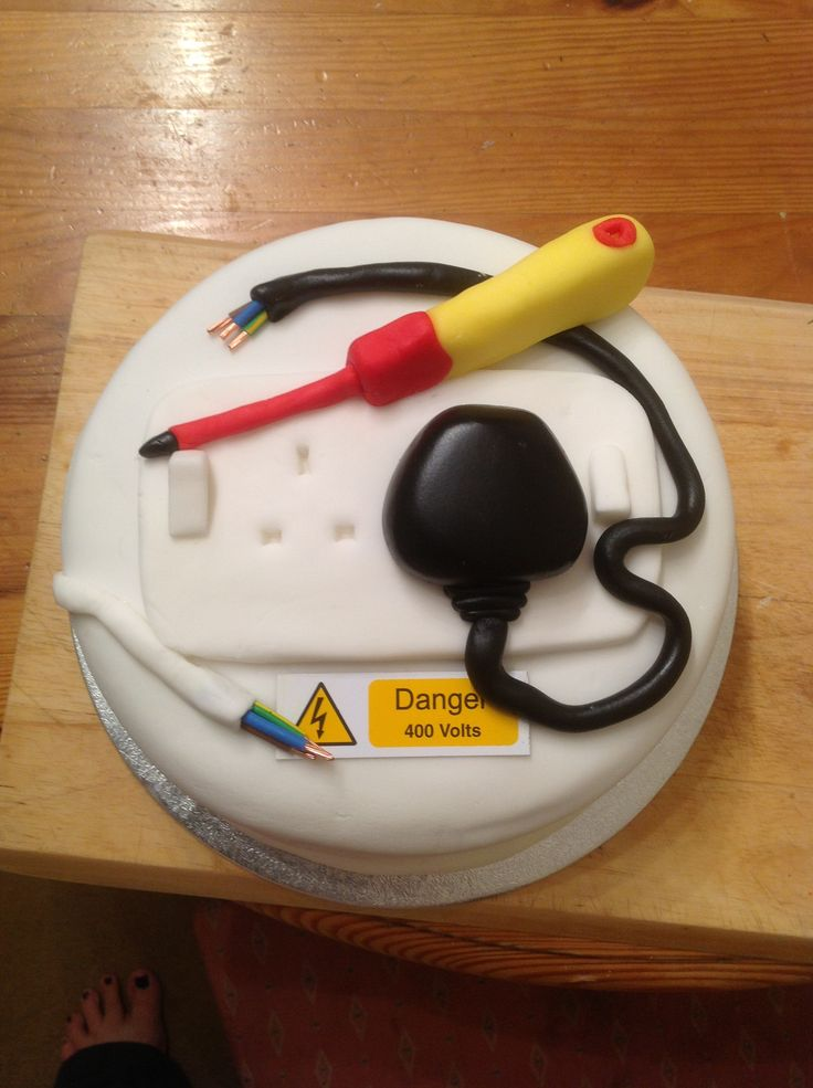 Cake Decorating Ideas Electrician : 48 best images about Electrician Cakes on Pinterest Retirement parties, Birthday cakes and ...