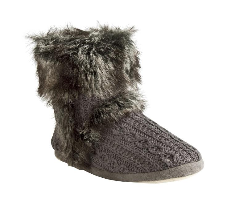 Name: Paddy Knit  Item Number: 2696406733  Price: £14  Size Range: 3-8