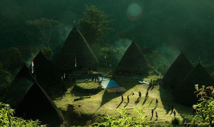 busy morning at Waerebo village, Indonesia