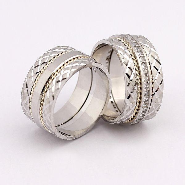 KRİSTEL kesim modelli,925 ayar gümüş alyans