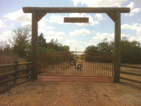 hill country fence ideas | Custom Gates & Entrys