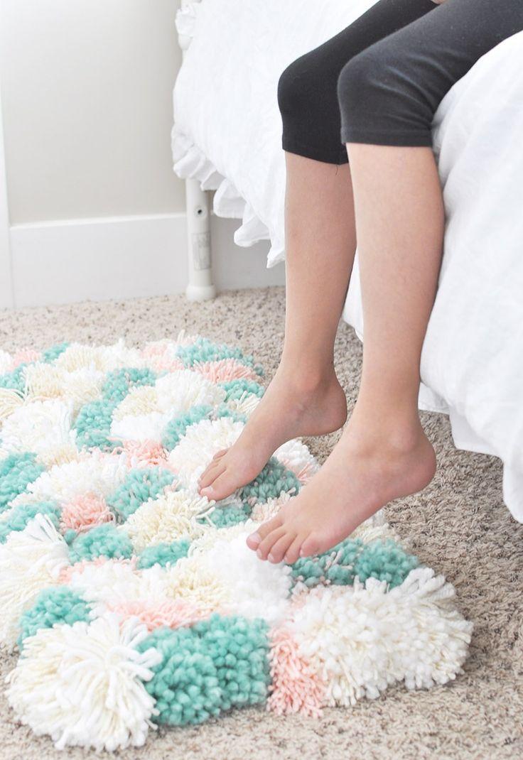How To Make A Pom Pom Rug The Easy Way Diy Room Decor