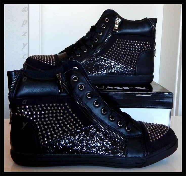 Diese tollen Schuhe habe ich von Schuhtempel24 bekommen.  Danke für die Möglichkeit euren Shop zu testen und für diese wundervollen Schuhe!  Meinen Bericht zum Shop und den Schuhen findet ihr hier  http://www.pzychobaby.de/2014/03/schuhtempel24-ein-traum-fur-frauen.html
