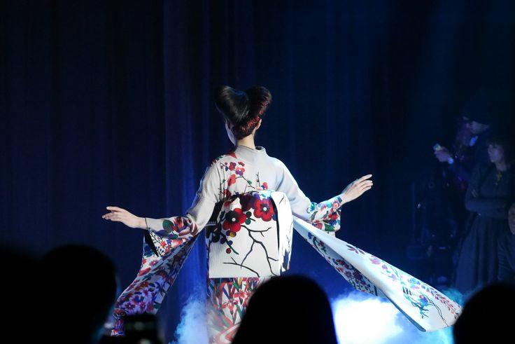 Japon : Jotaro Saito, fashion designer japonais, modernise le kimono.