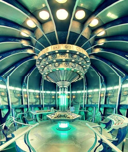 Tardis Wallpaper Iphone: 33 Best TARDIS Stuffs Images On Pinterest