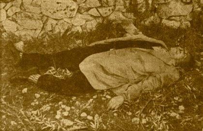 Una delle foto della polizia giudiziara dopo il ritrovamento del corpo di Angelo Tumino in contrada Ciarberi